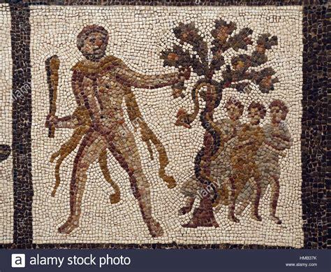 Garten Der Hesperiden by R 246 Misches Mosaik Die Arbeiten Des Herkules Herakles Die