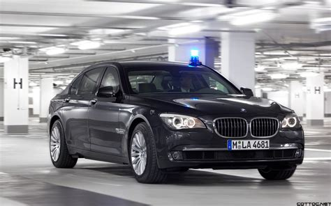 Bmw 7 Series Car Wallpaper by Bmw 7 Series Secure Wallpapers Cool Cars Wallpaper