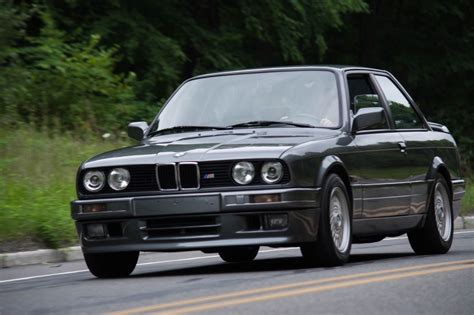 Bmw Bmw by Would You Buy This 1988 Bmw 320is Coupe For 25 000