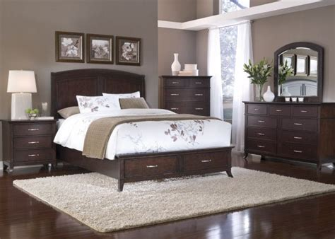 paint colors for bedrooms with wood furniture 17 best ideas about brown furniture on