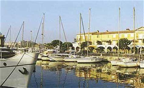 port de bouc douce plan de port de bouc commerce