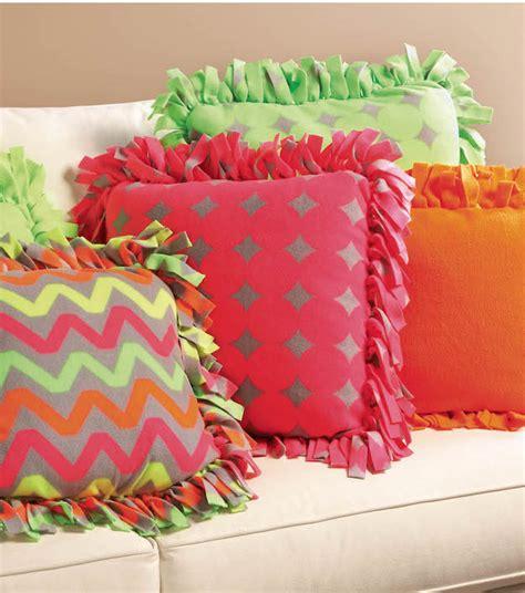 Joann Fabrics Home Decor diy fleece fabric craft ideas diy projects craft ideas