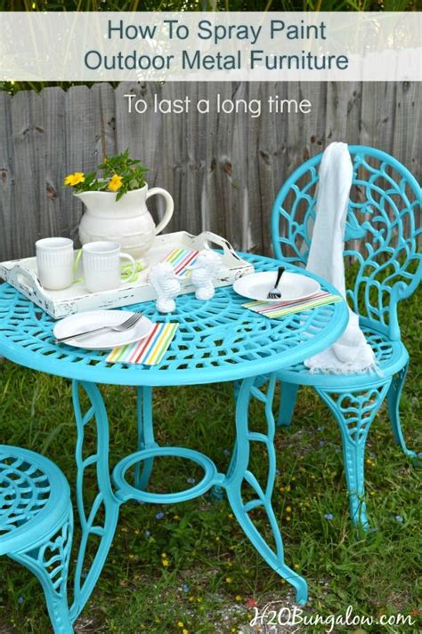 spray painting outdoor wood furniture best 25 painted outdoor furniture ideas on