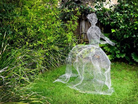 how to make a out of wire how to make chicken wire ghosts ehow