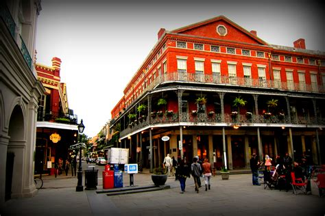 new orleans buildings of the quarter in new orleans with