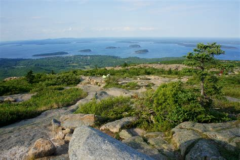 Hiking Cadillac Mountain by Cadillac Mountain Acadia National Park Me Live And