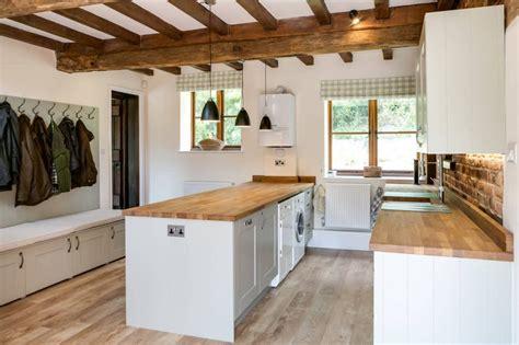 overhead kitchen lighting ideas 32 beautiful kitchen lighting ideas for your new kitchen