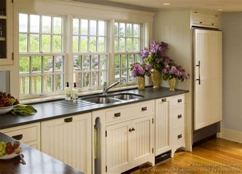 country kitchen sink ideas best 25 country kitchen designs ideas on