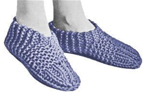 easy knitted slippers for beginners 146 best knitting images on