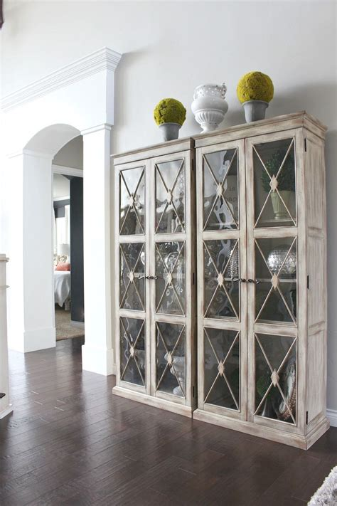 kitchen wall display cabinets best 25 display cabinets ideas on grey
