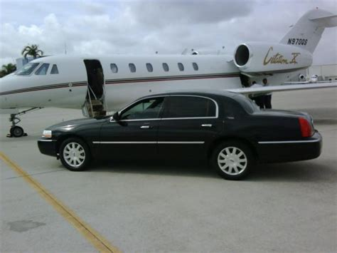 Town Car Service by Town Car Service Limo Service