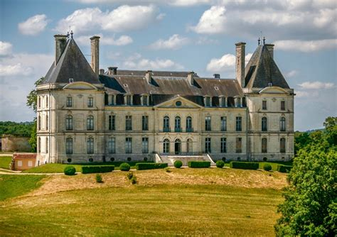houses for sale in france chateau for sale in perigueux dordogne ch 226 teau of