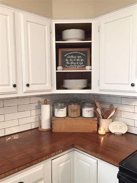decor ideas for kitchens best 25 countertop decor ideas on kitchen