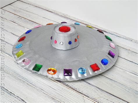paper crafts for boys paper plate flying saucer crafts by amanda