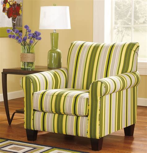 Upholstered Accent Chairs With Arms by How To Choose The Right Accent Chairs With Arms A