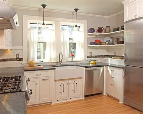 small square kitchen ideas 1000 images about kitchen layout on square kitchen u shaped kitchen and small kitchens