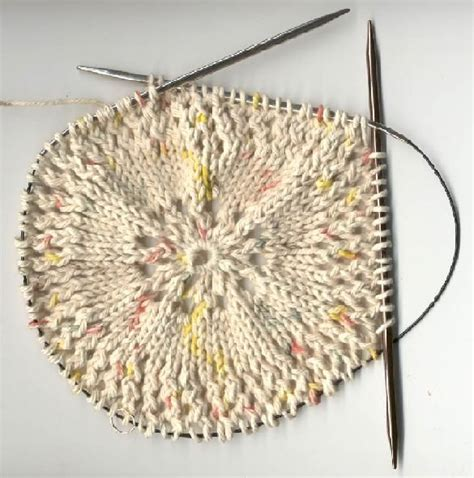 how to use circular knitting needles pin by renna hanlon on knitting tips techniques