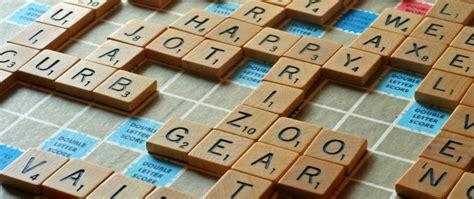 ne scrabble dictionary 辞書を片手に英単語を楽しく覚えられるおすすめの英語のボードゲームscrabble 東京田町の英語学校