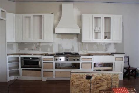 dove white kitchen cabinets white dove kitchen cabinets traditional kitchen