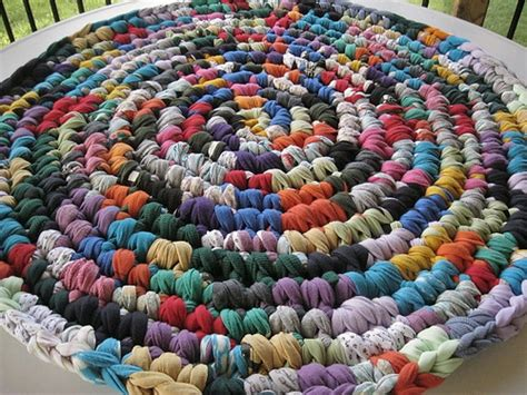 how to crochet a rag rug a crochet rag rug of many colors from recycled fabrics