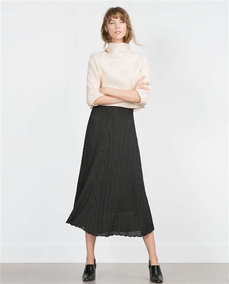 cable knit skirt zara cable knit skirt in gray lyst