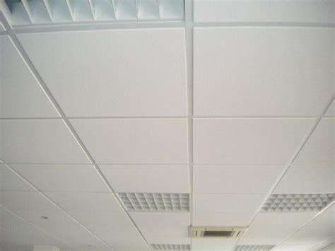 dalles de faux plafond min 233 ral 60x60x1 5cm