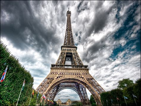 home of the eifell tower the eiffel tower in eiffel tower pictures