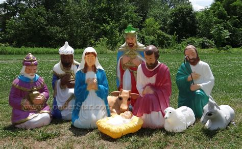 outdoor creche large outdoor lighted nativity images