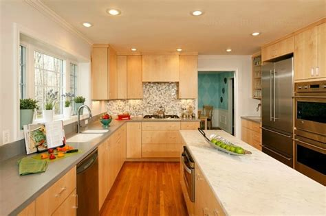 Kitchen Wall Colors With Maple Cabinets modern kitchen with cwp cabinetry amp marble island