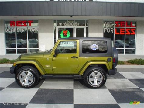 paint colors jeep 2008 rescue green metallic jeep wrangler 4x4