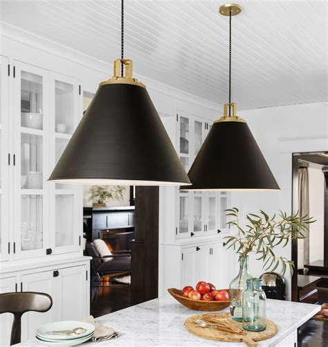 kitchen hanging pendant lights how to hang and decorate with kitchen pendant lights pinkous