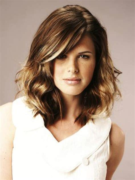medium length hairstyles fashioneye 2012 medium length hairstyles