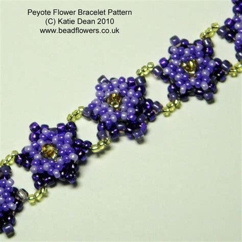 beaded flower bracelet patterns peyote flower bracelet pattern dean beadflowers