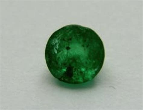 gemstone for sale buy 0 27 ct emerald gemstone for sale