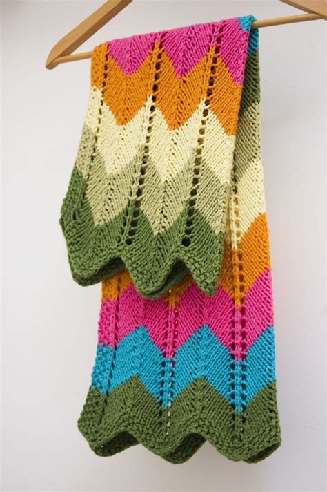 zigzag knitting pattern blanket zig zag baby blanket by knit culture studio free knitted