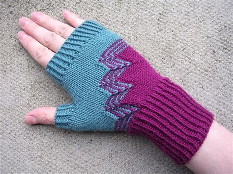 small knitting projects small knitting projects and travel tips for knitters