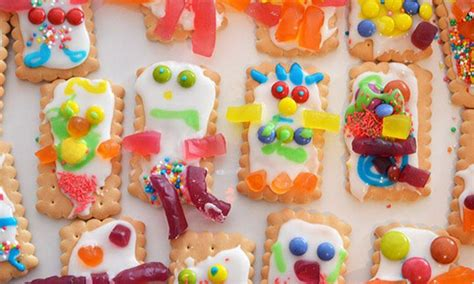 decoration biscuits ways for the to decorate biscuits kidspot
