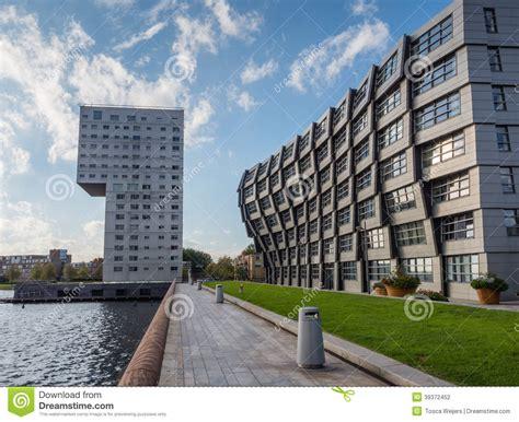 immeubles au centre de la ville moderne d almere le ne photographie 233 ditorial image 39372452