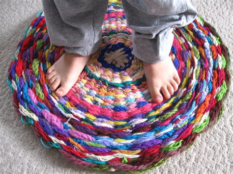 what can you knit woven rug or what to do with all that finger knitting
