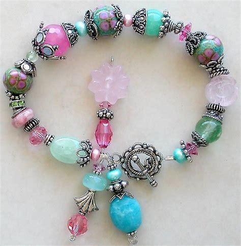 beading ideas bracelets 25 best ideas about beaded jewelry designs on
