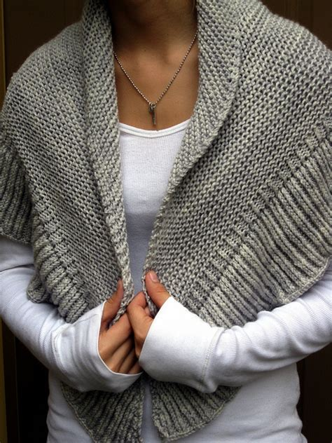 easy shawls to knit free patterns renee knits fo mara shawl