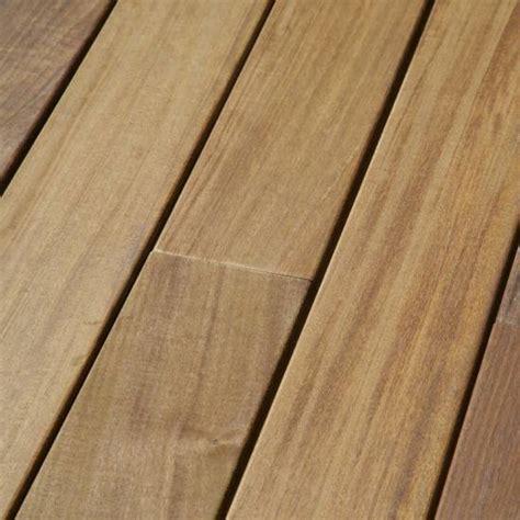 lame de terrasse lisse en bois exotique ip 233