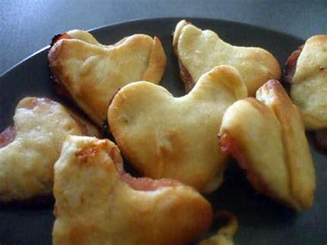 recette de quot friands en coeurs faits avec restes de p 226 te de la pizza express au thon