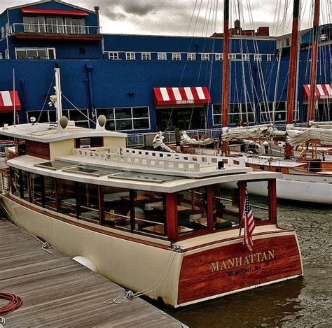 Round Manhattan Boat Trip by The Architectural Boat Tour A Journey Around Manhattan