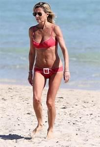 Claire Chazal - Bikini et maillots de bain