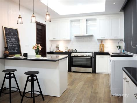 Modern English Kitchen Design In Ampang Design
