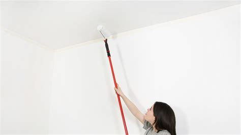 comment peindre un plafond tach 233 peintures de couleurs pour les int 233 rieurs et les ext 233 rieurs
