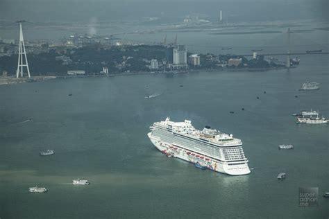 Dream Boat Singapore genting dream dream cruise