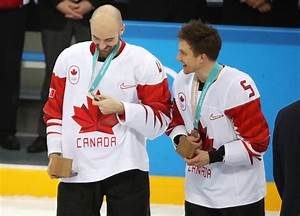 Canadian men's hockey team leaves with a bronze medal ...