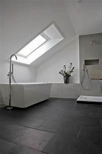 Badezimmer Fliesen Ideen Grau : pinterest ein katalog unendlich vieler ideen ~ Markanthonyermac.com Haus und Dekorationen